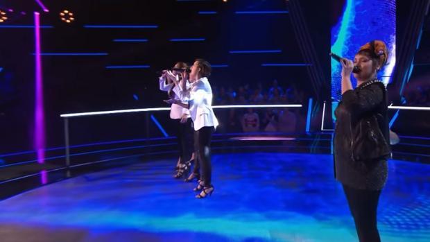 Lia Kali y Les Fourchettes cantan «Flames»
