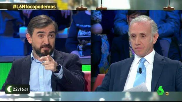 Ignacio Escolar y Eduardo Inda discuten en la tertulia de «La Sexta Noche»