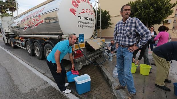Camiones cisterna llevaron el agua a Loreto durante octubre de 2014