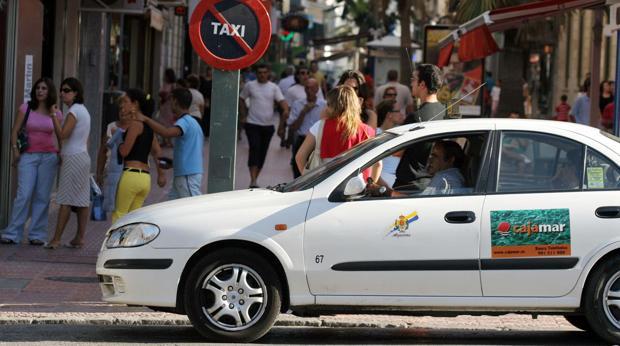 Detenido en Algeciras un 'taxista pirata' por agredir en una reyerta a un taxista legal