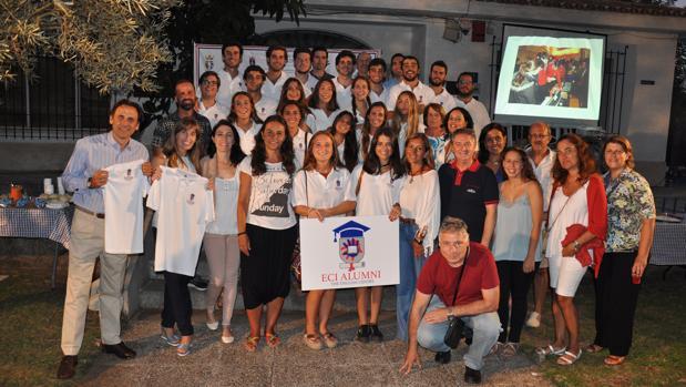 Convivencia de los antiguos alumnos en El Centro Inglés de El Puerto