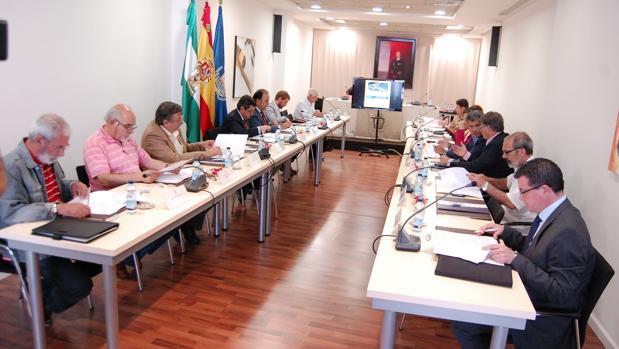La Mesa por el Empleo vuelve a pedir su colaboración a PSOE, CC OO y empresarios