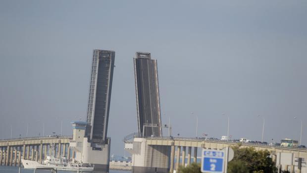 Hoy se abre el puente Carranza