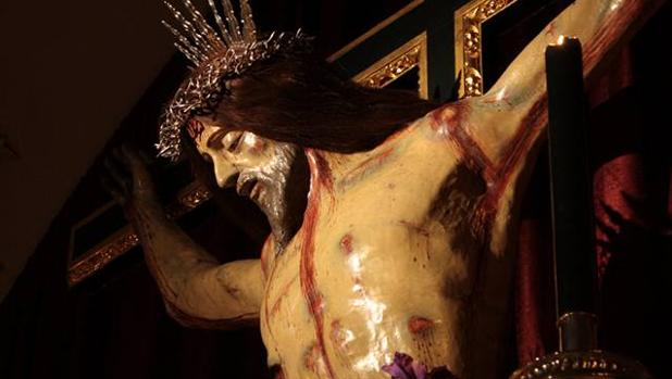 Roban en la capilla del Santo Cristo de Chiclana