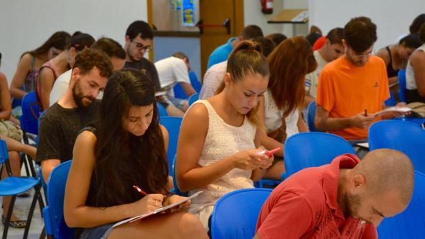 Más de medio centenar de jóvenes acude a la Jornada de Promoción de la Cultura Emprendedora en Chiclana