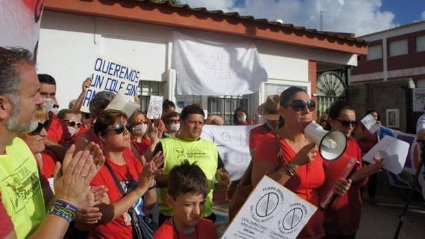 Querella criminal de los padres de alumnos de Puerto Real contra la Junta