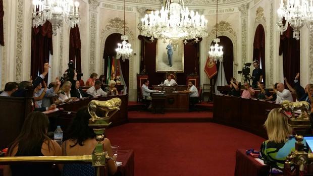 Todos los partidos representados en el Pleno han apoyado la ordenanza que regula el programa de 'Alquiler justo', que ahora se denominará de 'Alquiler social'.