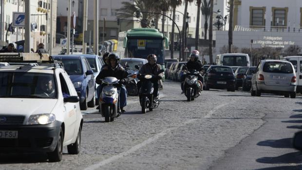 El Ayuntamiento quiere frenar el tráfico en el centro histórico