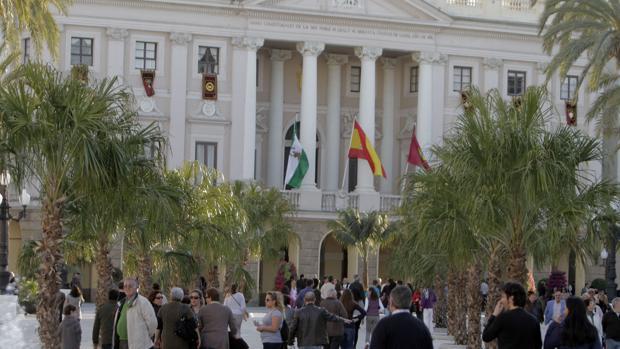El Ayuntamiento de Cádiz, entre los que tiene una peor situación financiera de España