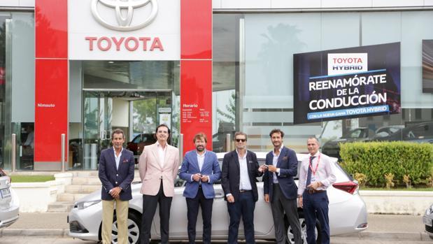 Toyota España entrega una flota de 38 Auris Touring Sports a González Byass