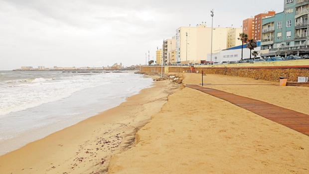 Cádiz impulsará playas accesibles para personas discapacitadas