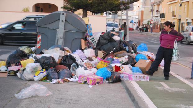 San Fernando aún no sabe cómo resolver su eterno problema con la basura