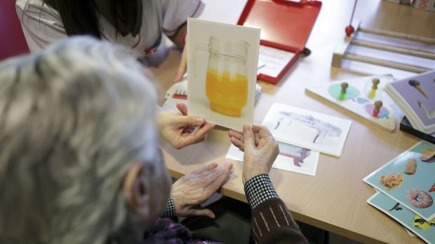 Más de 2.000 personas de Cádiz padecen la enfermedad de Alzheimer