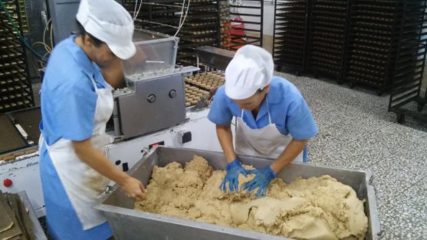 En los mantecados con elaboración Halal se sustituye la manteca de cerdo por aceite de oliva de Estepa
