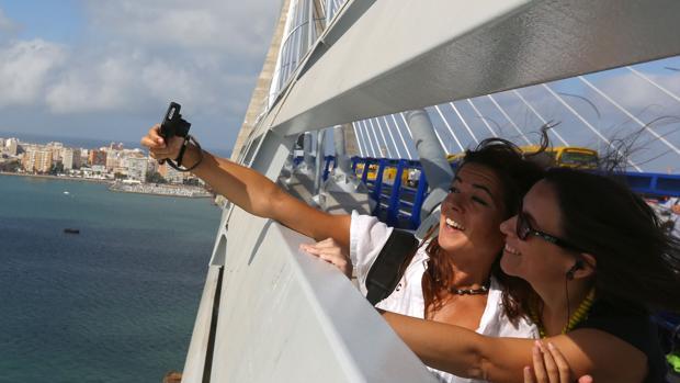 #mifotodelpuente: comparte tus mejores imágenes del Puente de la Constitución de 1812 Cádiz