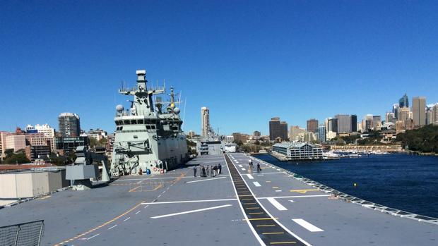 Imagen del LHD 'Camberra', que integra la flota de buques de la marina australiana