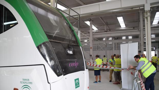 El tranvía prevé trasladar cada año a seis millones de viajeros