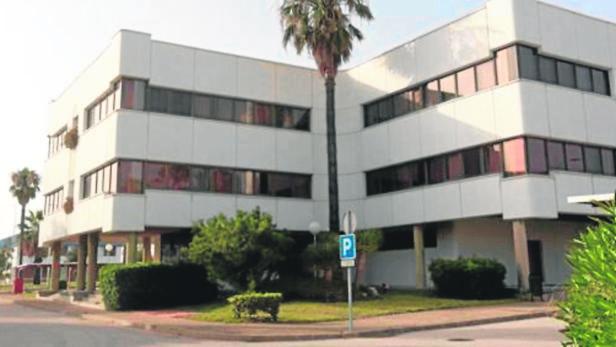 El Ayuntamiento rechaza la inversión para ubicar en Altadis una clínica