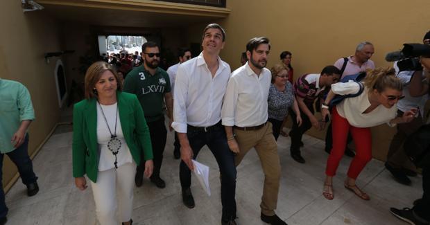 Los socialistas gaditanos cierran filas alrededor de Susana Díaz