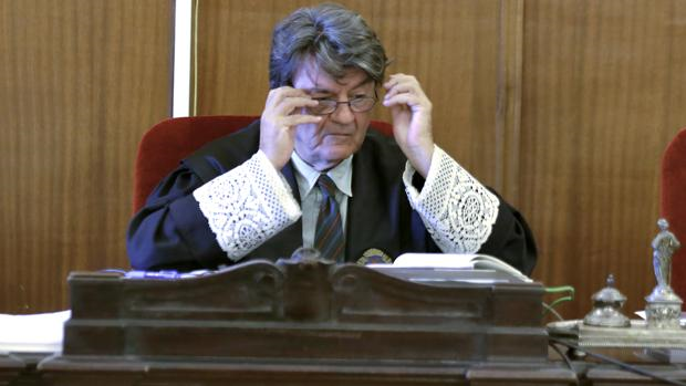 El presidente del tribunal que debe dictar ahora sentencia