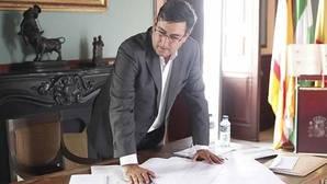 La juez cita al alcalde de Utrera, denunciado por la marquesa de Santaella