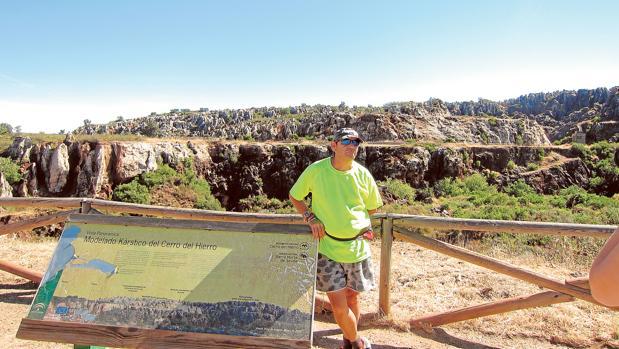 Manuel Ugia es caminante desde hace ocho años