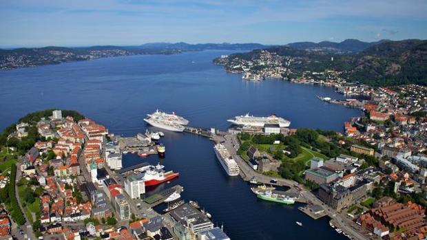 Imagen de un encuentro similar en el puerto noruego de Bergen