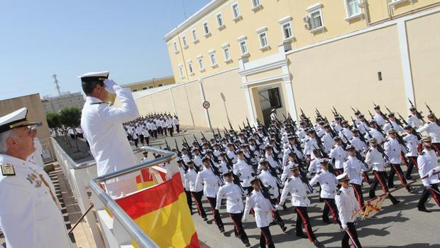 El Almirante de la Flota se despide de las Unidades de la Fuerza de Infantería de Marina