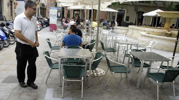 El final del verano coloca a Cádiz a la cabeza del paro