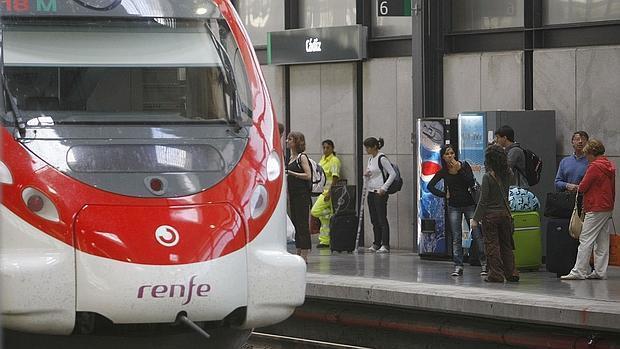 Avería en Renfe; retrasos en trenes de hasta más de una hora