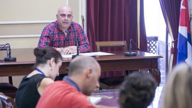 Navarro: «Cádiz no puede seguir siendo un vivero de malas noticias»