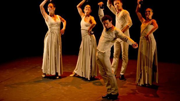 Mariano Bernal es un bailarín de talla internacional