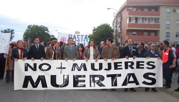 Toda Utrera se echó a la calle en 2004 en repulsa por el asesinato de María de los Ángeles González
