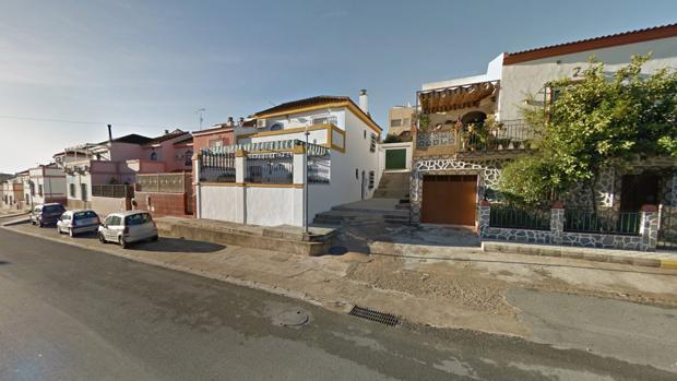 El apuñalamiento de un hombre a su madre tuvo lugar en la calle Mina de Aznalcóllar