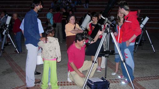 Actividades en el Observatorio Astronómico de Almadén de la Plata