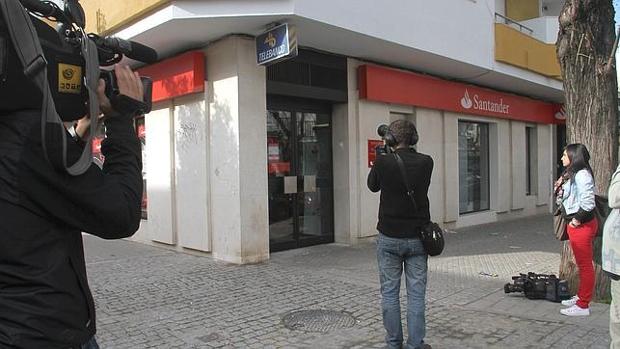 Imagen de archivo de una oficina bancaria que había sido objetivo de los ladrones
