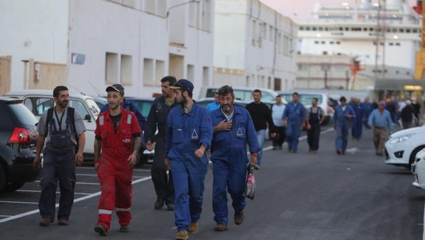 Salida de la mano de obra extranjera del astillero de Cádiz
