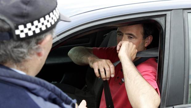 El cinturón de seguridad, junto con el exceso de velocidad, es una de las principales causas de sanción