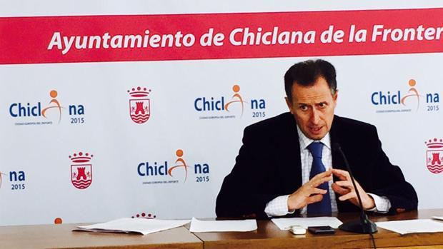 El Ayuntamiento entrega 18.000 euros a los colegios para el reparto de material escolar