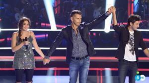 El sevillano Carlos Torres gana su primera batalla en «La Voz 4»