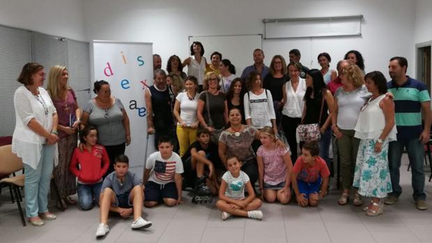 Miembros de Dislexia Cádiz en su última asamblea