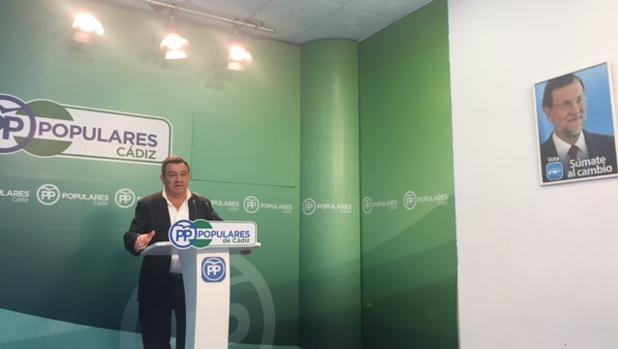 José Loaiza, en la sede provincial del PP, durante su comparecencia