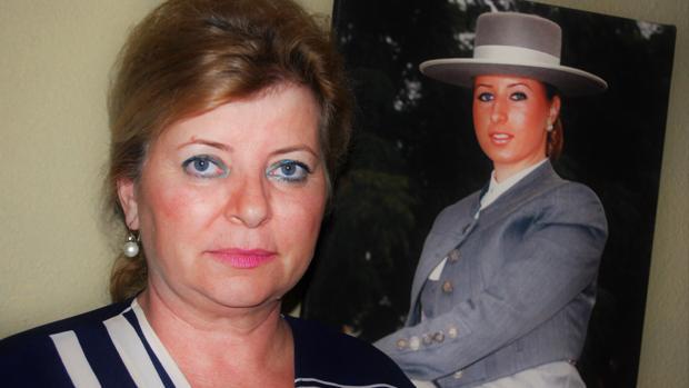 Elena Majúa, madre de una afectada por la electroestimulación