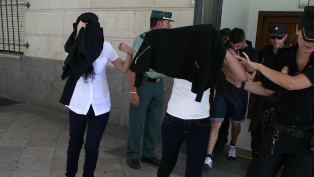 Las acusadas por el crimen de La Rinconada al salir de los juzgados