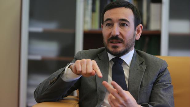 López Gil le recuerda a Kichi que «el PSOE fue el que lo puso ahí»