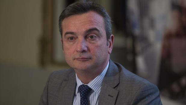 El rector de la UCA da un tirón de orejas a la Junta de Andalucía