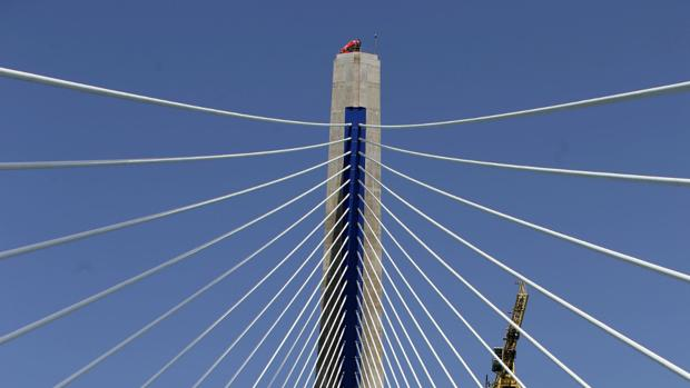 Sale a licitación la instalación del equipamiento para la gestión del tráfico en el segundo puente