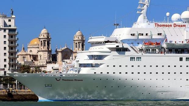 El puerto de Cádiz espera 280 escalas de cruceros en 2017