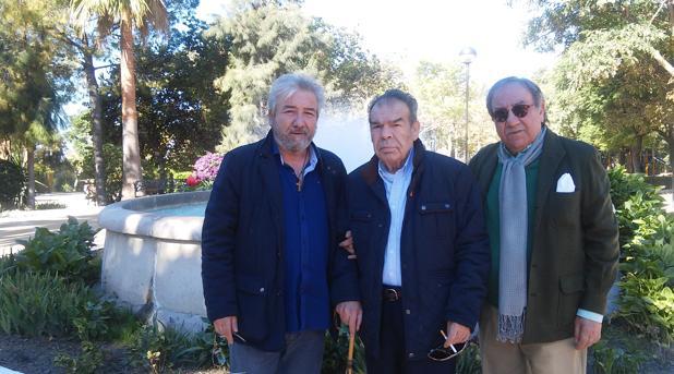 Agustín Torres, Emilio Torres y Emilio Carrillo, de la asociación Estipen