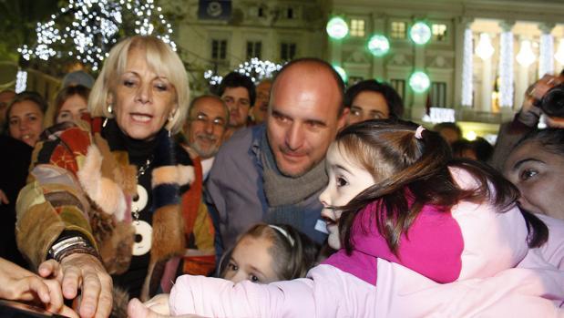 Teófila Martínez tacha de «fiasco» lo ocurrido con la iluminación navideña de la ciudad